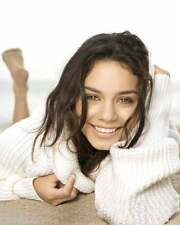 Vanessa Hudgens 8x10 Photo 022