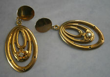 NC640) VINTAGE GOLD TONE METAL RHINESTONE FLOWER HOOP DROP PIERCED EARRINGS