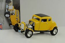 1932 FORD 5 WINDOW HOT ROD custom American grafitty GIALLO 1:18 Motormax