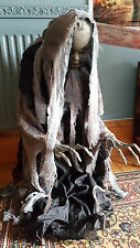 BABY LIFE SIZE ANIMATED HALLOWEEN PROP DOLL  CREEPY RISING TATTERED ZOMBIE