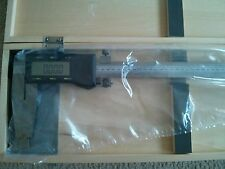 SPECIAL 40 Inch Heavy Duty Electronic Digital Caliper in Wooden Case