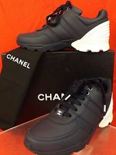 16P NIB CHANEL NAVY WHITE LEATHER CC LOGO  LOW TOP LACE UP SNEAKERS 40.5 $950
