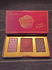 Too Faced SWEET PEACH GLOW Highlighter Palette - Brand New