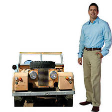 Safari jeep Photo Op Create a small photo op for your safari party.