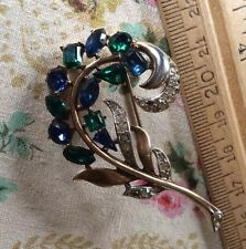 Wow! Beautiful Vintage Signed Crown Trifari Patent Pending Antiqued Brooch!