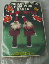 VINTAGE 1985 MINI CLOTHESPIN POM POM SANTA ORNAMATES KIT MAKES 2