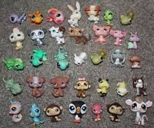 Littlest Pet Shop Animals Huge Lot of 35 LPS Toys Dog Monkey Bird Lizard Pig Cow