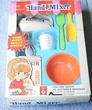 MISS MERRY'S HAND MIXER TOY SET 1980- NO BATTERIES REQUIRED- MERRY TOYS