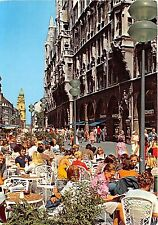 B73228 Munich Pedestrian area at townhall Germany