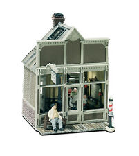 Woodland Scenics Floyd's Barber Shop Kit HO Railroad Train Building  M111