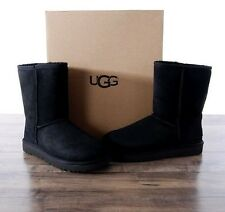NEW UGG Australia Women's Classic Short II Sheepskin Boots 7 MED Black 1016223