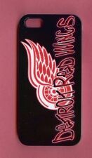 DETROIT REDWINGS 1 Piece Glossy Case / Cover iPhone SE / 5 /5S (Design 3)+Stylus