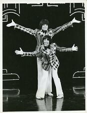 SHIELDS AND YARNELL VARIETY SHOW SMILING PORTRAIT ORIGINAL 1976 CBS TV PHOTO