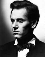 Henry Fonda UNSIGNED photo - D2323 - Young Mr. Lincoln