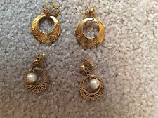 TWO SETS OF WOMENS GOLD ROUND CLIP ON EARRINGS