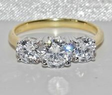 BEAUTIFUL 9 CT YELLOW GOLD & SILVER 1.75 CARAT 3 STONE ENGAGEMENT RING - size M