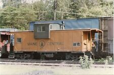 5F265 RP 1970-80s? MAINE CENTRAL  RAILROAD CABOOSE #670