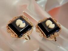 Elegant Vintage 1940 Cameo Earrings     1132my