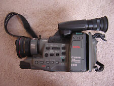 CANON A1 DIGITAL 8MM VIDEO CAMERA & RECORDER HI8 UNTESTED for Parts or repair