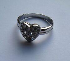 Damen 9ct Weissgold Cubic Zirkonia Herz Ring 2.33g Größe M Gekennzeichnet
