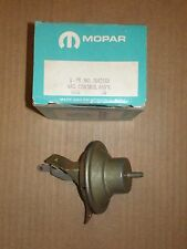 NOS 1966-67 PLYMOUTH DODGE 273 ENGINE 2BBL  DISTRIBUTOR VACUUM ADVANCE 2642263