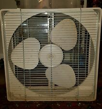 Vintage DURACREST BY HUNTER 2 Speed ELECTRIC BOX fan 3 METAL BLADES WORKS METAL