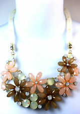 BEAUTIFUL PINK GOLD FLOWER STATEMENT NECKLACE CHUNKY & CHARMING BRAND NEW (SR5)