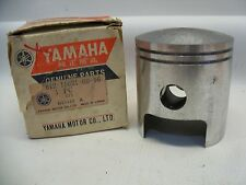 NOS YAMAHA 812-11631-00-96 PISTON STD BORE SL292