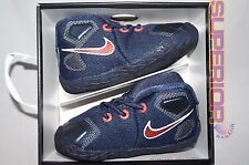 Nike Lebron 13 Boys Basketball Shoes NEW Baby Gift Pack Size 4C