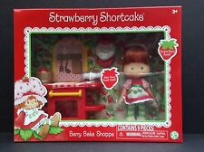 STRAWBERRY SHORTCAKE Classic 80s Retro BERRY BAKE SHOPPE w/DOLL 9 Piece Set NEW
