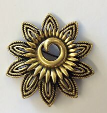 So Pretty!!! Goldtone Costume Sunflower Swirly Flower Cut-out Brooch