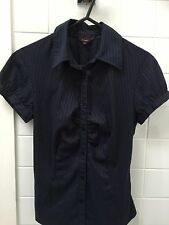Cue Size 6 Navy Brown Pin Stripe Stretch Button Front Shirt Blouse Top EUC