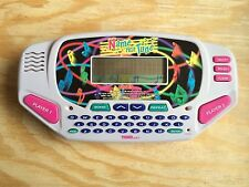 RARE 1997 TIGER ELECTRONICS HAND-HELD NAME THAT TUNE TRAVEL GAME w/COUNTRY SONGS