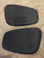 Honda CA77 Dream 305 Original Fuel Tank Rubber Knee Pad Turtle Left Right Pair