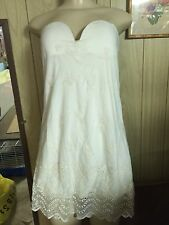 FOREVER 21 STRAPLESS EMBROIDERED MESH OVERLAY DRESS IVORY SMALL-MED BEAUTIFUL!!