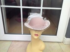 LADIES BEIGE PILL BOX HAT FOR WEDDINGS/RACES/SPECIAL OCC'S,BY KANGOL,NEW W/O TAG