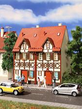 Vollmer 43847 H0 Reihen-Doppelhaus mit Fach