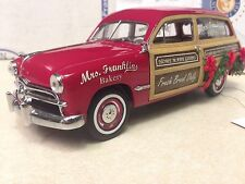 1/24 Franklin Mint Red 1949 Woody Wagon 2006 Christmas Bakery Truck B11E261
