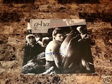 a-ha Rare Band Signed Hunting High And Low Vinyl LP Morten Harket Pal Mags Photo