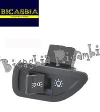 8066 - COMMUTATORE PULSANTE LUCI PIAGGIO ZIP 125 2000-2002 M2500