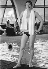 037 HELMUT BERGER IN BATHING SUIT WITH TOWEL ASH WEDNESDAY PHOTO