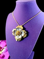 LOVELY SIGNED HOBE MIXED METAL GOLD SILVER FINISH TIERED FLOWER BROOCH PENDANT