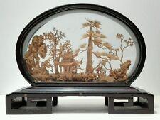 Antica miniatura, arte orientale con teca in legno e vetrinetta e pagoda