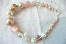 CHUNKY STATEMENT NECKLACE - LARGE BEADS IN SOFT PINK & LIGHT AMBER - BRAND NEW