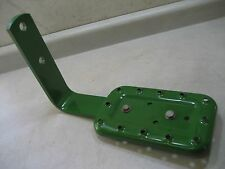JOHN DEERE MODEL TRACTOR A TO 730 TRACTOR STEP.  FITS ALL MODELS
