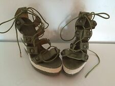 Balenciaga Size 38 Or 7.5 Green & White Leather Wedge Authentic
