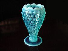 RARE ViNTaGe FENTON BLuE OpaLeSceNT HobnaiL ArT GLaSs CuPPeD LoTuS FLoWeR Vase