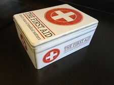 RETRO First Aid Box Storage MEDICAL KIT TIN COPERCHIO CONTENITORE medicina Gabinetto NUOVO