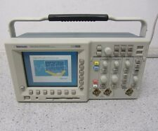 Tektronix TDS 3032 Digital Phosphor Oscilloscope 300MHz / 2,5GS/s / + Optionen