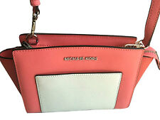 MICHAEL KORS SELMA POCKET MEDIUM MESSENGER HANDBAG Coral/Watermelon/White 248$